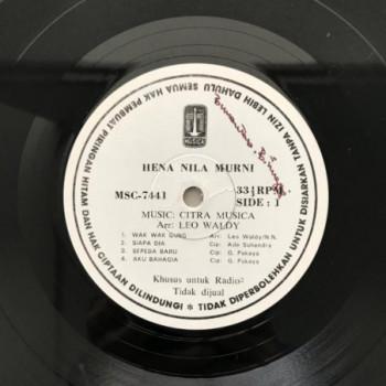 Hena Nila Murni - LP Vinyl...