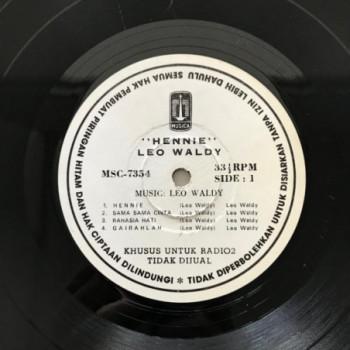 Leo Waldy - Hennie - LP...